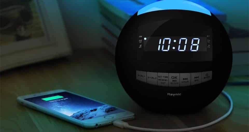 Best Alarm Clocks for Heavy Sleepers 2018: Buyer's Guide ...