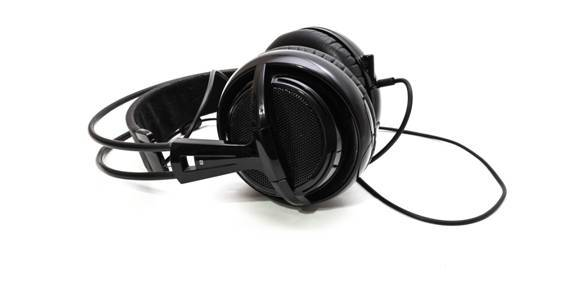 history of open back headphones